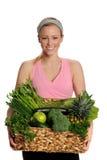 Jeune femme avec les fruits et légumes verts photo libre de droits