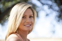 Jeune femme blonde Photographie stock