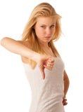Jeune femme blonde avec des yeux bleus faisant des gestes l'esprit d'échec et d'ange Photos stock