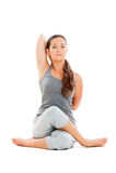 Jeune femme calme faisant le yoga Photo stock