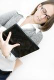 Jeune femme d'affaires avec son ordinateur portatif Photos stock