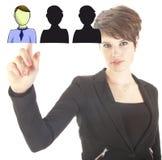 Jeune femme d'affaires sélectionnant les amis virtuels Image libre de droits