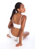 Jeune femme d'afro-américain dans des sous-vêtements de sports Image libre de droits