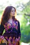 Jeune femme dans le type de hippie Image libre de droits
