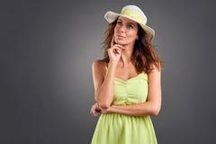 Jeune femme dans une robe Photos libres de droits