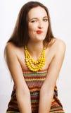 Jeune femme de beauté dans le doute d'émotion Image stock