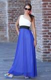 Jeune femme de belle mode Photographie stock