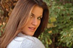 Jeune femme de brunette Images stock