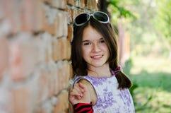 Jeune femme de sourire Photographie stock