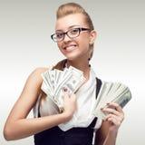Jeune femme de sourire d'affaires Images stock