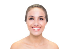 Jeune femme de sourire de brune recherchant Photos stock