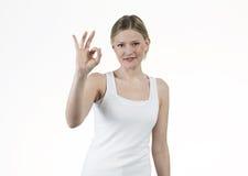 Jeune femme donnée NORMALEMENT Images libres de droits