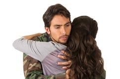 Jeune femme et soldat dans l'uniforme militaire Photos libres de droits