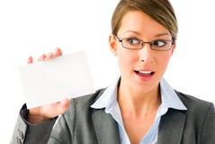 Jeune femme impertinente d'affaires avec la plaquette image libre de droits