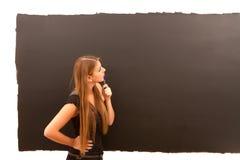 Jeune femme réfléchie Images libres de droits