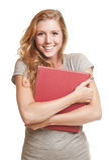 Jeune femme tenant le livre rouge Image stock