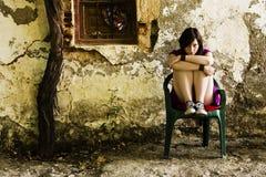Jeune femme triste photographie stock