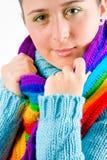 Jeune fille avec l'écharpe colorée Image stock