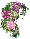 Jeune fille avec le cheveu fleuri Image libre de droits