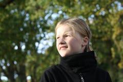 Jeune fille blonde images libres de droits
