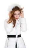 Jeune fille dans des vêtements d'hiver Photo stock