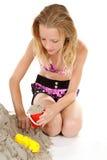 Jeune fille dans l'usure de plage image libre de droits