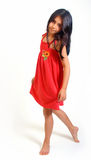 Jeune fille dans la robe rouge Photo libre de droits