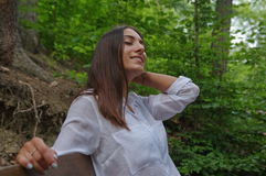Jeune fille de brune dans l'amour Photographie stock