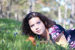 Jeune fille de source Photographie stock