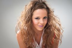 Jeune fille de sourire de highschooler Photographie stock