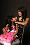Jeune fille et adolescent Images stock