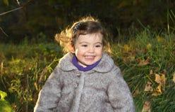 Jeune fille extérieure Photographie stock