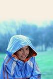 Jeune fille sous la pluie Photos libres de droits