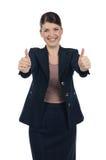Jeune fonctionnement heureux de femme d'affaires Photographie stock libre de droits