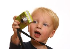 Jeune garçon avec l'appareil-photo image stock