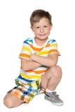 Jeune garçon de sourire images stock