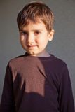 Jeune garçon joyeux Photos libres de droits