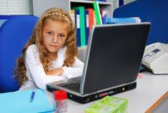 Jeune gestionnaire de bureau image libre de droits