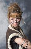Jeune guerrier tribal féminin images stock