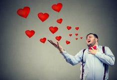 Jeune homme ayant la tragédie d'amour Photographie stock libre de droits