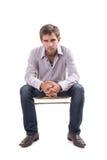 Jeune homme beau habillé en passant Image stock
