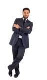 Jeune homme d'affaires avec des bras croisés photo stock