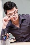Jeune homme d'affaires avec des glaces Photos libres de droits