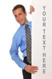 Jeune homme d'affaires avec le panneau blanc photos libres de droits