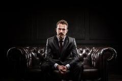 Jeune homme d'affaires confiant Images stock