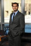Jeune homme d'affaires oriental photos libres de droits