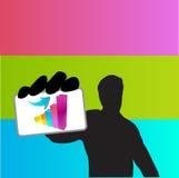 Jeune homme d'affaires tenant la carte de succès Photographie stock libre de droits