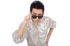 Jeune homme dans la chemise argentée d'isolement sur le blanc Image stock