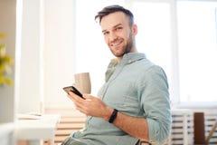 Jeune homme dans le matin photo libre de droits