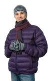 Jeune homme dans une jupe et une écharpe de l'hiver photographie stock libre de droits
